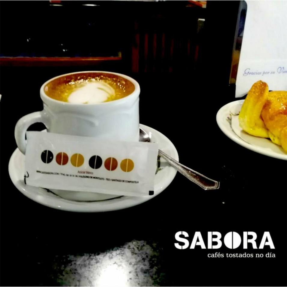 Café con leite de Sabora