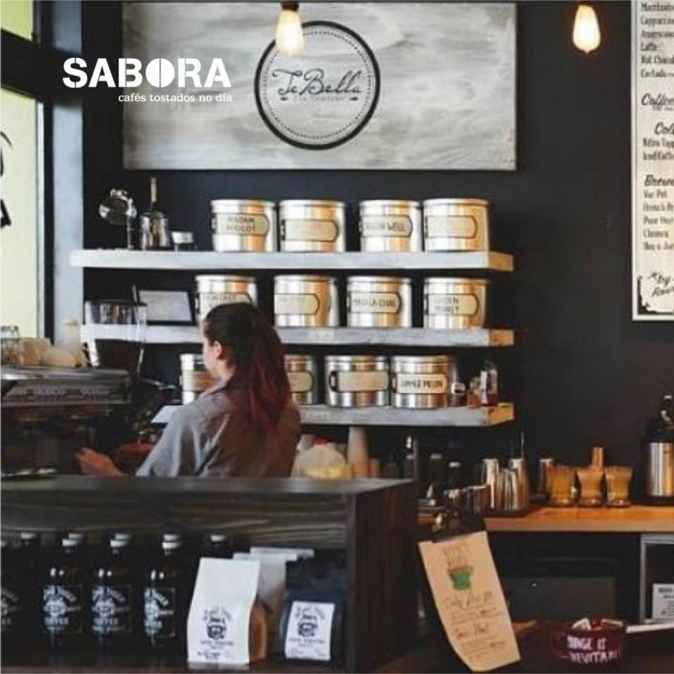 Cafetería con café premium