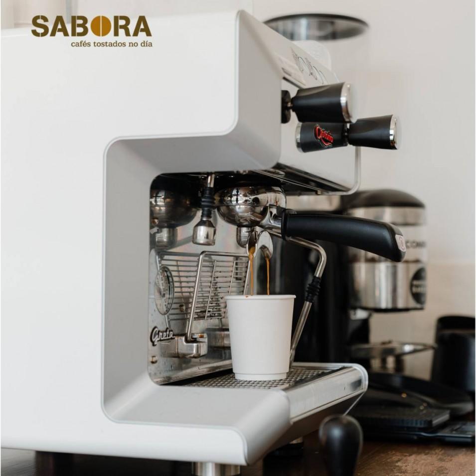 Cafetera espresso  y molino profesional
