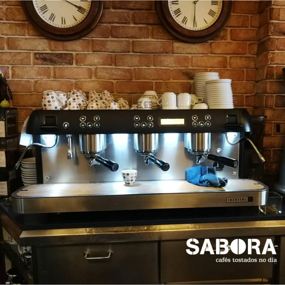 Máquina de café expreso hostelería
