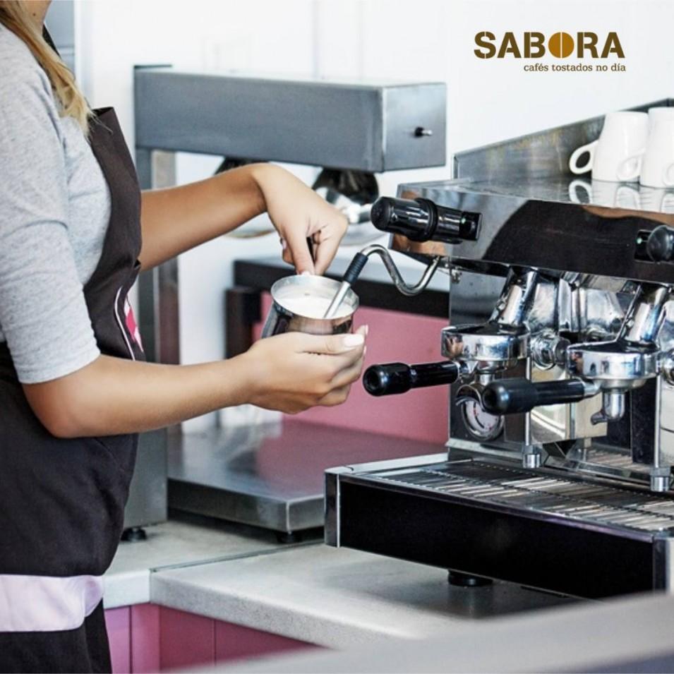 O café con leite en bares e cafeterías do país