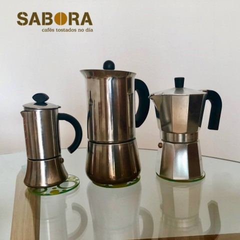 Cafeteiras en distintos tamaños